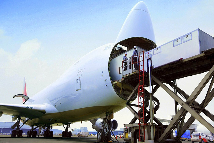 Transportation of exhibition goods by air